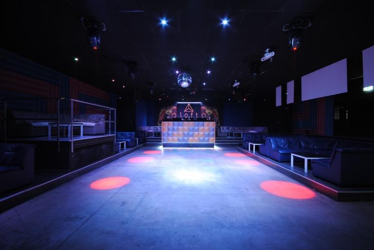 GR041-Discoteca club The Loft 001