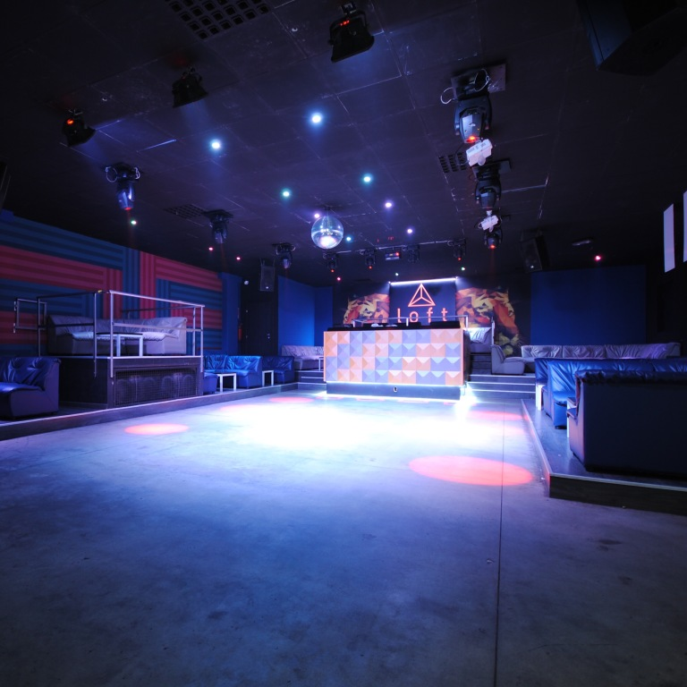 GR041-Discoteca club The Loft 005
